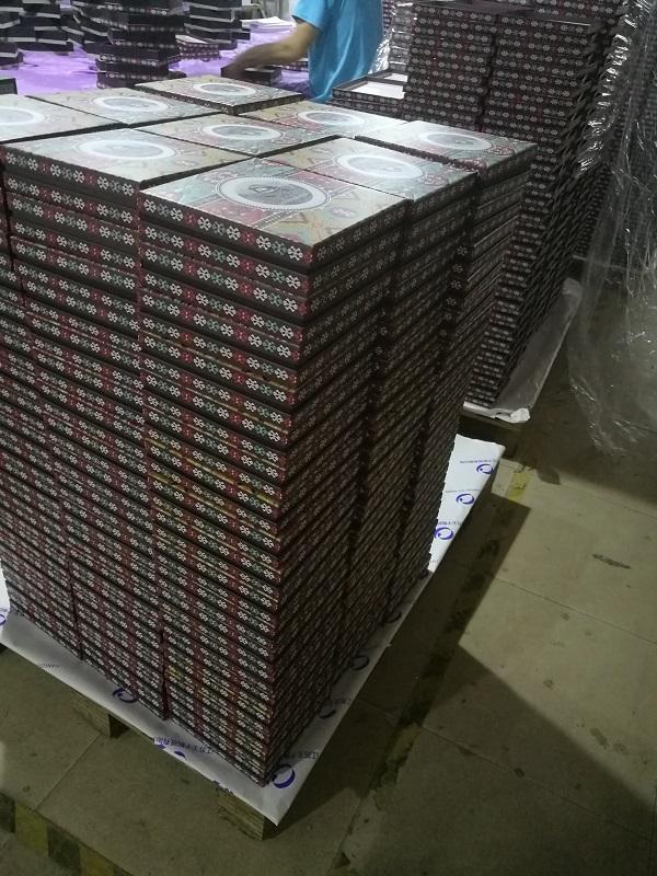 围巾包装礼盒定制厂家明辉彩印